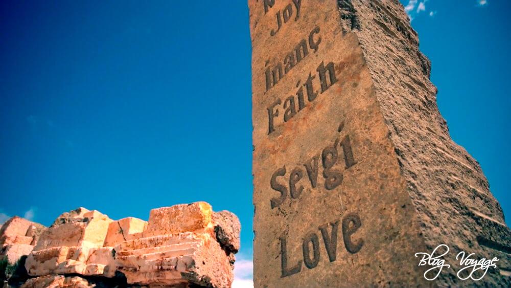 Что посмотреть в Каппадокии - скульптурный парк Время и пространство