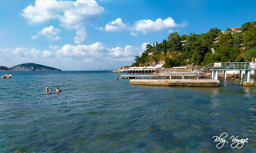 Пляж Низам (Nizam Plajı), остров Бююкада, Стамбул