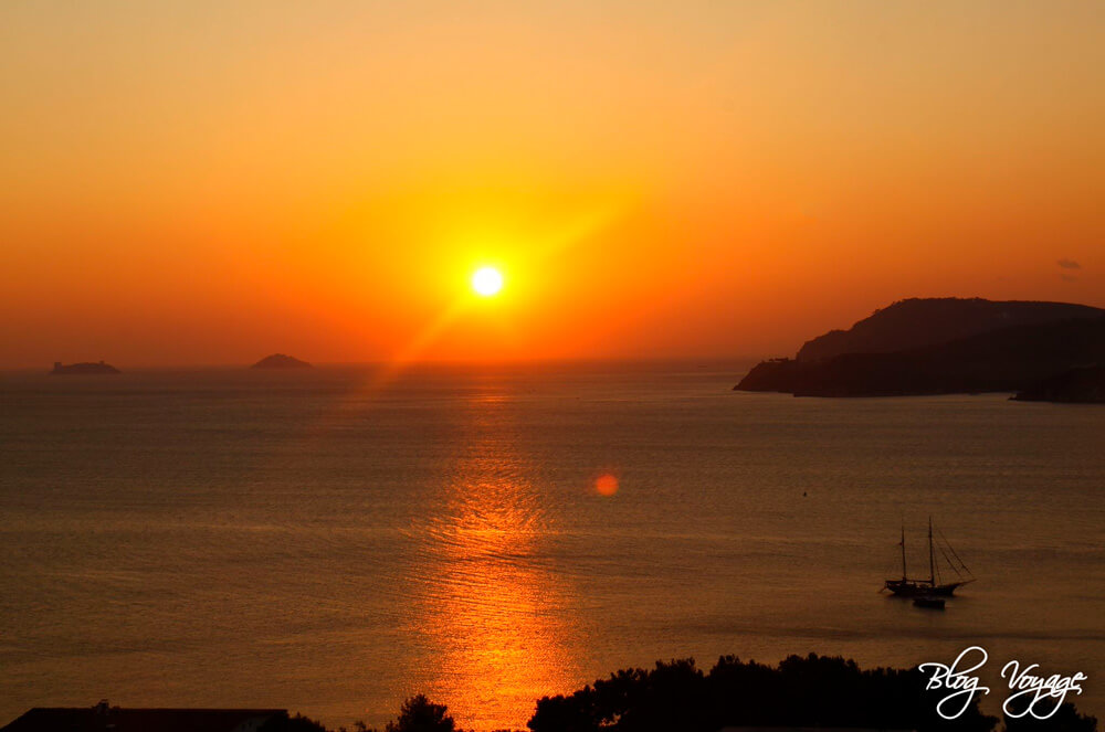 Красивый закат на Принцевых островах, Стамбул