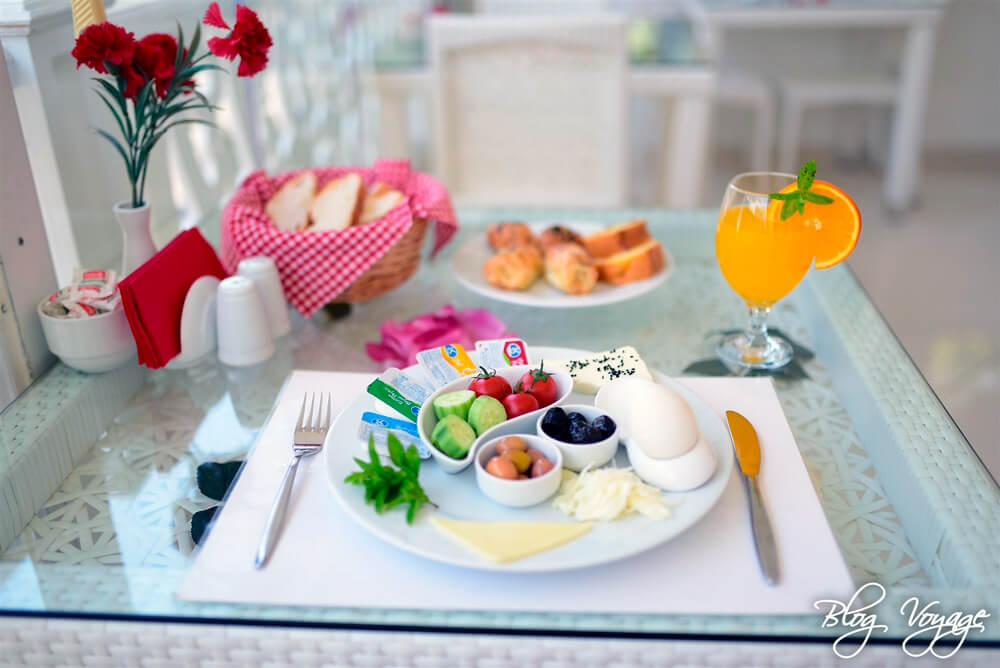 Завтрак на Принцевых островах - Бююкада