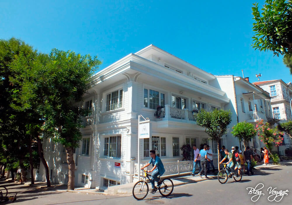 Остров Бююкада, аренда велосипеда